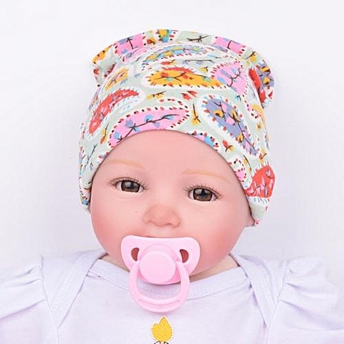 Hats for Newborns : Best Fabrics & Styles for Comfort